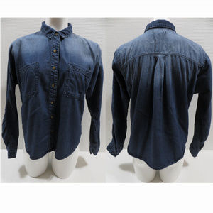 Urban Outfitters Tops - BDG top Medium Breezy Chambray Button-Down dip dye